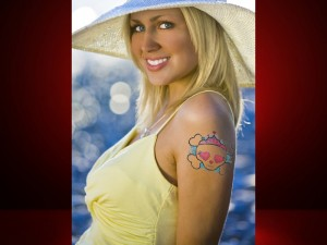 tattoo-you-ipad-app-review-blonde-girl
